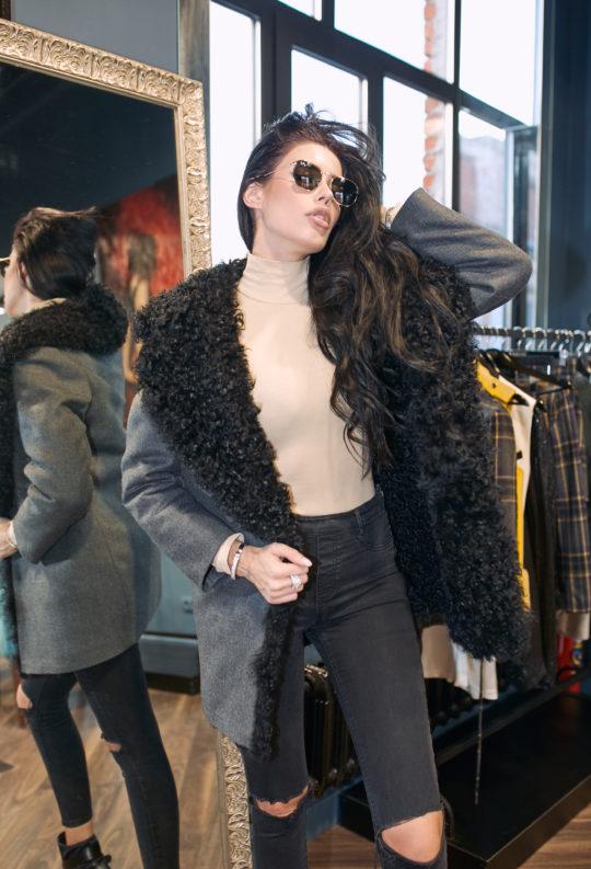 пальто с мехом колган