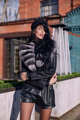 Обворожительная кожаная куртка
