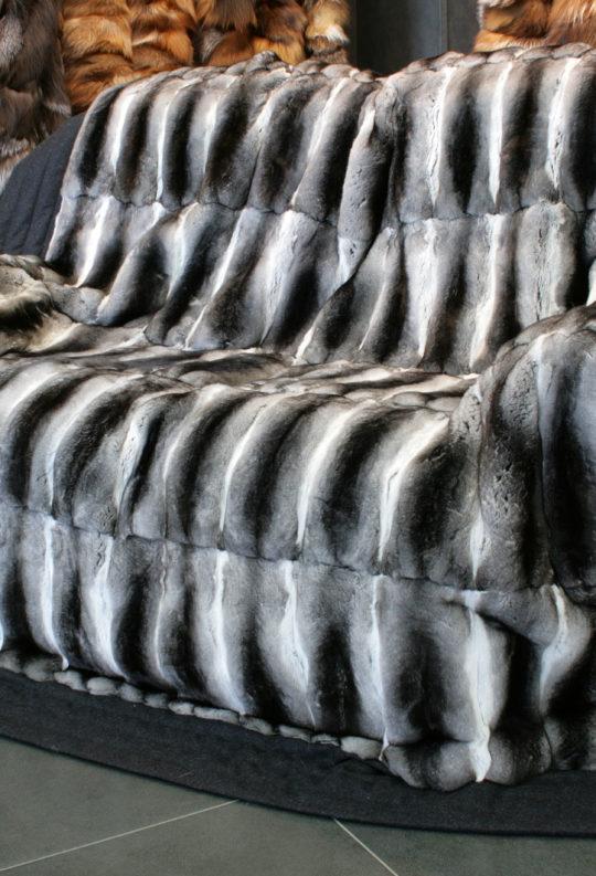 Плед из меха шиншиллы