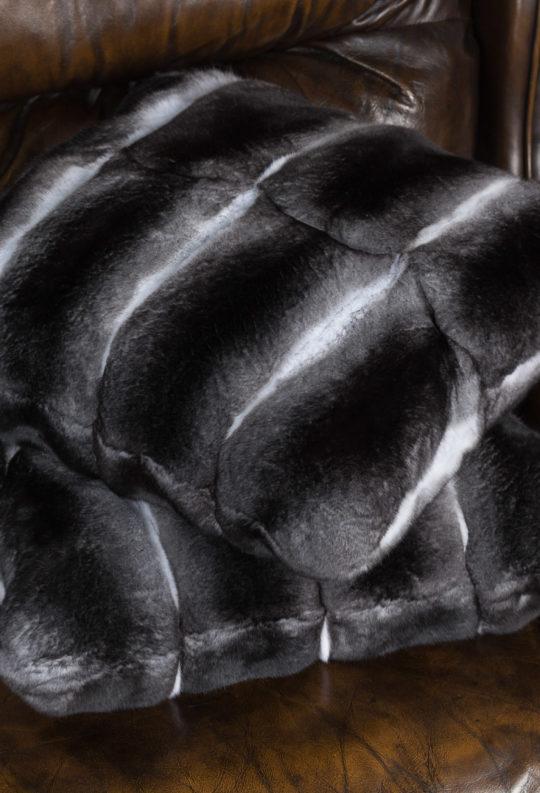 Подушки из меха шиншилл